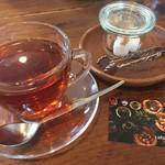 カフェ フクバコ - 食後に紅茶☺️
