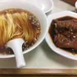 58397122 - 豚脚麺(とんそくそば)