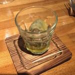 テイスティングバー 柴田屋酒店 - スナギモのオイル漬け 410円(税込)
