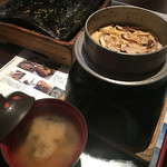 あまのゆ - この時期だけの松茸の釜飯としじみのお味噌汁