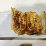 麺匠 名人房 - 焼き餃子
