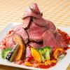 ガーデンレストラン&カフェ - 料理写真:ローストビーフのせ過ぎタコライス