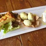 オステリア イマムラ - ランチの前菜  ゼッポリーネ美味しいよ〜♡