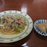 恵美福 - 皿うどん(いなり3こ付き)