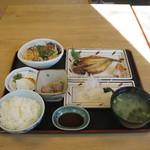 仙水 - 料理写真:あじの干物定食