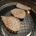焼肉 一山 - トモサンカク