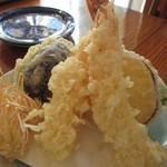 蕎麦 孤丘 - 海老天 天使の海老×2・野菜3品  900円
