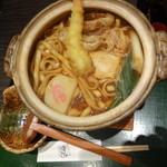 宮きしめん竹三郎 - 名古屋コーチン肉入りエビ天みそ煮込きしめん