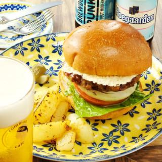 原材料全てに拘った『ハンバーガー』自社製『健康バンズ』使用。
