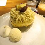 cafe 多聞 - 五郎島金時モンブランパンケーキ