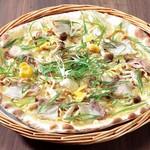 ピッツェリア - 信州産きのことイベリコ豚、九条ネギの生姜のピッツァ