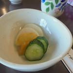 奥村茶屋 - 正丸どんぶりの漬物