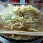らーめん亭 炎 - 料理写真:味噌ラーメン 780円 大盛100円