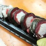 魚介 - 鉄火巻どんでん返し 599円+税、奥が鉄火巻 399円+税