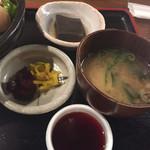 58441096 - 胡麻豆腐,味噌汁,漬物