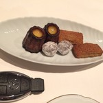 シェ草間 - お菓子、カヌレ、チョコ、etc