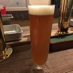 ビヤバタフライ - 2016年11月4日  道頓堀ビールビター大900円。
