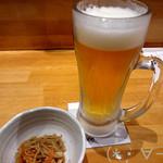 博多 とんぼ - ビール(540円)&お通し(330円)
