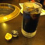 煉火亭 - ドリンク写真:ピンボケ;;だがわかってもらえると思う。ジョッキでコーヒーを出すお店は久々^^;