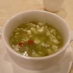 中国料理 南園 - 海老とほうれん草のスープ