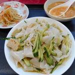 小中華郷土料理 - 涼皮(リャンピー) 700円
