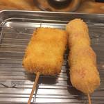 串カツ田中 - 左から:白ネギ、プチトマト
