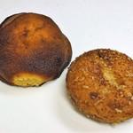 58465876 - 味噌パン、牛筋カレーパン