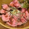 カフェバル ヨシヤ - 料理写真:ローストビーフ丼