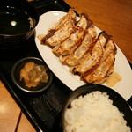 肉餃子専門店 THE GYO - 肉汁焼き餃子ダブルランチ(980円→500円+税)2016年11月