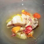 58469369 - 魚料理:くえのポシェ 焼き葱 レモンの香り