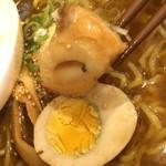 ミカサノ食堂 - 【2016年07月】おでん出汁の鶏醤ラーメン、おでん風のおかずが入ってるでしょ(^^)