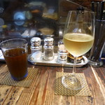 ちょこっとマルシェ - 白ワイン、烏龍茶
