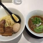 58474613 - GaGaNaつけ麺中盛り880円+味付け玉子100円(共に税込)