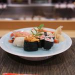 寿司竹 - 特上寿司、正面から