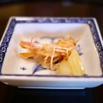 京都 吉兆 - 海老頭の素揚げ