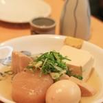やすかわ - おでん(玉子、大根、豆腐、タケノコ)