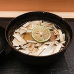 麻布十番 ふくだ - 甘鯛と岩手産松茸のお椀