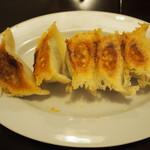 味包 - 特製焼き餃子