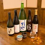 手打そば優心 - 数種類の日本酒を常備