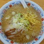 らーめん 大雅 - 麺