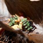 高台寺 和久傳 - 鰻と銀杏の大葉焼き