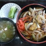 58482625 - 信州福味鶏と地場野菜の特製タレ丼