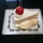 58484772 - ショートケーキ