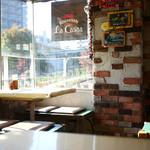 ラ・カシータ - お洒落な店内