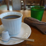 ユー&ミー - ドリンク写真:2016.11 コーヒーが運ばれてきました(400円)