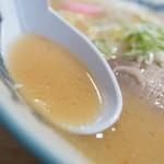 駅前札幌ラーメン - スープ