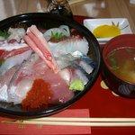 鯛喜 - ちょっと豪華な海鮮丼