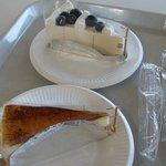 カンパーナ六花亭 - ケーキは安くて大変美味しい。