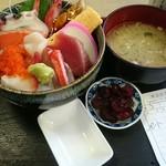 58500064 - 海鮮丼  1,000円