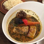 FUKUROO. - 2016.11.6来訪。 チキンと野菜のスープカリー ライスは玄米で(・∀・)b